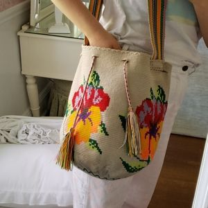 LIMITED SALE! Colorful hand woven bucket bag